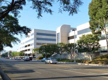 IT企業本社オフィスの写真画像