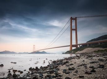 西候門大橋 スパン1,650mのつり橋の写真画像