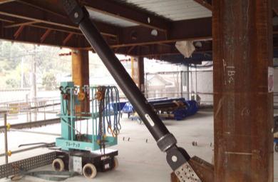 県内団体施設ビル 筋違い設置の写真画像
